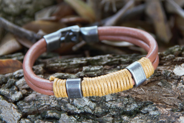TrendyBracelets.Biz.Brown Surfer's Leather Bracelet