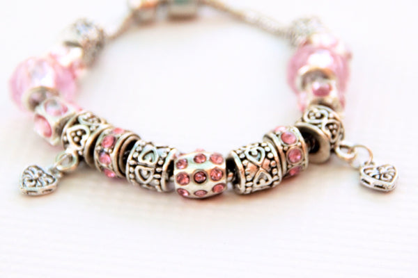 TrendyBracelets.Biz.Ladies Stainless Steel Charm Bracelet with Hearts and Charms