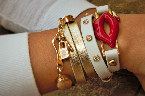 TrendyBracelets.Biz.Red Lips and Lipstick Fashion Wrap Leather Bracelet