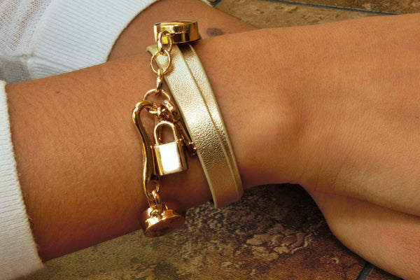 TrendyBracelets.Biz.Leather Wrap Bracelet with Lock and Key