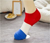 TrendyBracelets.Biz.Ladies' National Pride Ankle Socks