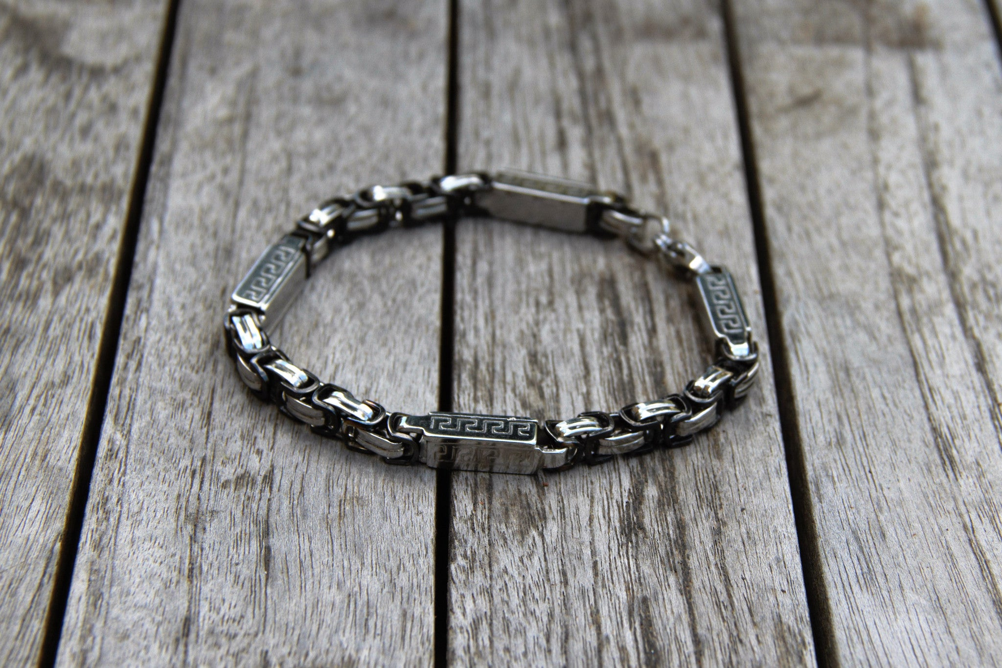 TrendyBracelets.Biz.City Chic Sectioned Metal Bracelet
