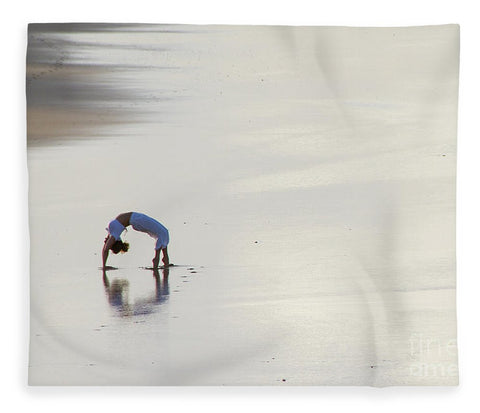 Beautiful woman doing yoga on the beach in Queensland - Blanket