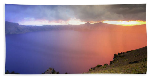 Crater Lake National Park at Sunset - Bath Towel