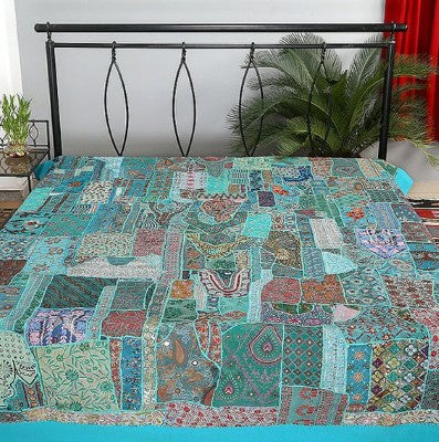 Bohemian Bedding and boho chic decor ideas - jaipur handloom - indian Patchwork quilt