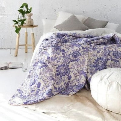 Bohemian Bedding and boho chic decor ideas - jaipur handloom - Purple kantha quilt