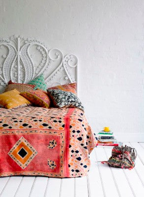 Bohemian Bedding and boho chic decor ideas - jaipur handloom - Vintage kantha Bedspread