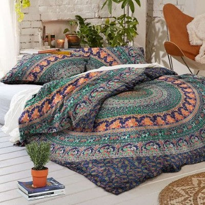 Bohemian Bedding and boho chic decor ideas - jaipur handloom - Medallion Bedding