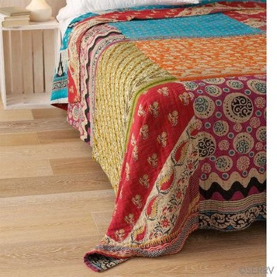 Bohemian Bedding and boho chic decor ideas - jaipur handloom - Vintage sari quilt