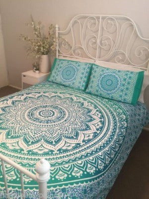 Green Ombre Duvet Cover set with pillows for Dorm room College Decor