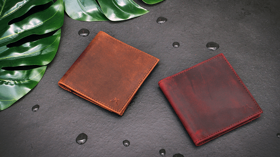 Aki-Slim-Billfold-Wallet-In-Crazy-Horse-Leather-Vintage-Brown-and-Wine-Red