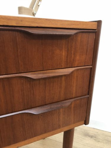 Stunning Mid Century Vintage Danish Teak Afromosia Chest Of 3 Drawers