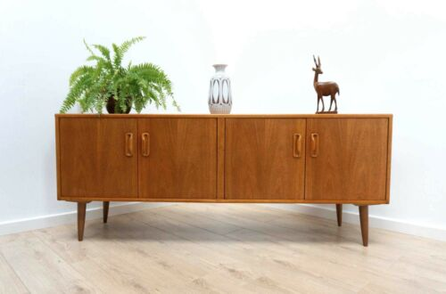 Stylish Mid Century G Plan Vintage Teak Sideboard Long & Low TV Media Unit /1164