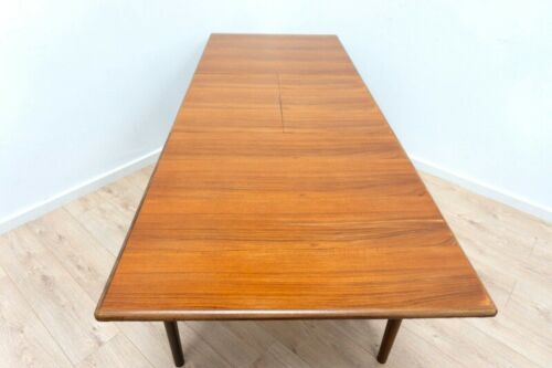 Superb Mid Century Younger Fonseca Vintage Teak Extending Dining Table /1196
