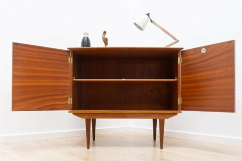 Rare Mid Century Vintage Alfred Cox Walnut Storage Cupboard TV Unit 1960's /698