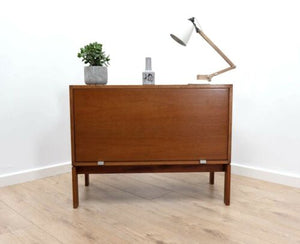 Superb Mid Century Vintage Danish Teak TV Media Storage Unit 1950's /668