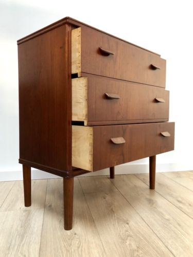 Stunning Mid Century Vintage Danish Teak Chest Of Drawers By Poul Volther 1960's