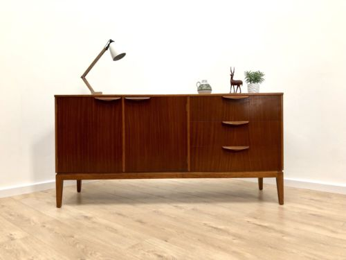 Stunning Mid Century Vintage Teak Sideboard Chest Of Drawers 1960's