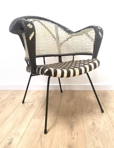 Superb Mid Century Retro 1960's Woven Basket Armchair With Black Metal Frame