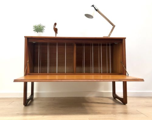 Superb Mid Century Vintage Teak Vinyl Record Unit G Plan Era