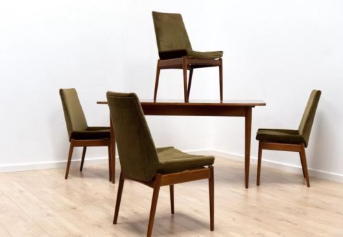 Mid Century Robert Heritage Archie Shine Hamilton Walnut Dining Table & Chairs