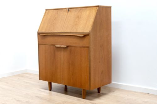 Immaculate Mid 20th Century Vintage Teak Desk Bureau Sutcliffe Of Todmordon 141