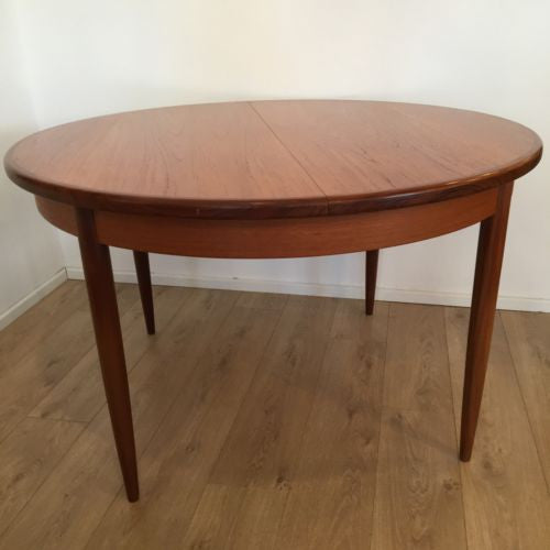 Vintage 1970's G Plan E Gomme Extending Dining Table Teak/Rosewood