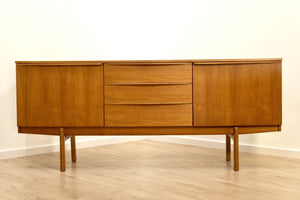 Superb Mid Century Vintage Teak Modernist Sideboard Credenza with Drawers