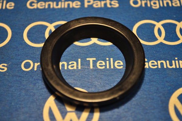 Rabbit MK1 Golf hatch lock seal +NOS+ Genuine