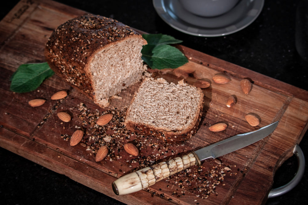 ALMOND AND FLAX SEEDS GLUTEN-FREE HOMEMADE BREAD
