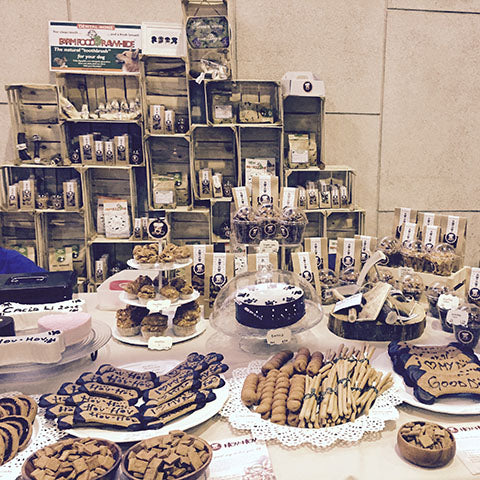 Dog bakery hov-hov stall on fair