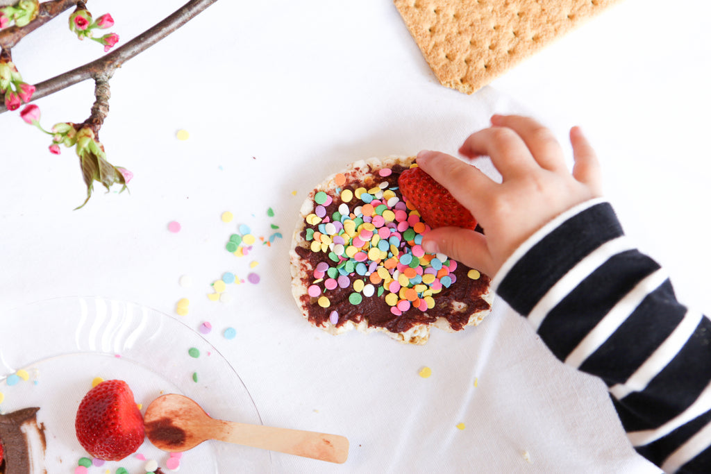 How to Build a Pure and Simple Kid's Dessert Bar delightedbydesserts.com #dessert #glutenfree #kidsbirthday #partyideas