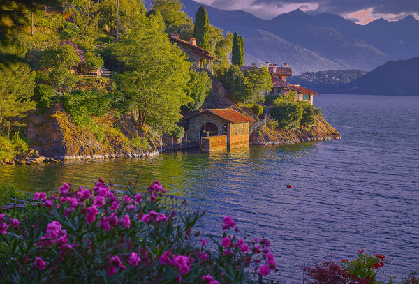 Magnificent Lake Como At Santa Maria Rizzonico Beach