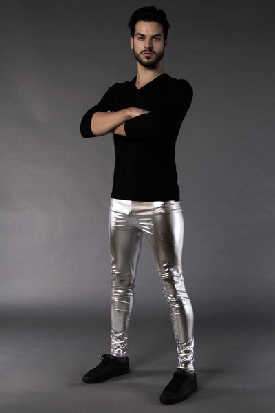 Man posing in Kapow Meggings silver metallic men's leggings