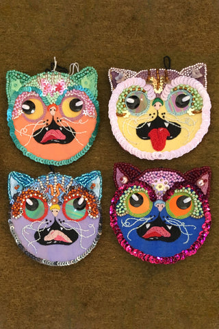 """Praline at Mealtime"" Cat Face Patches - POTION23 EMBROIDERY"