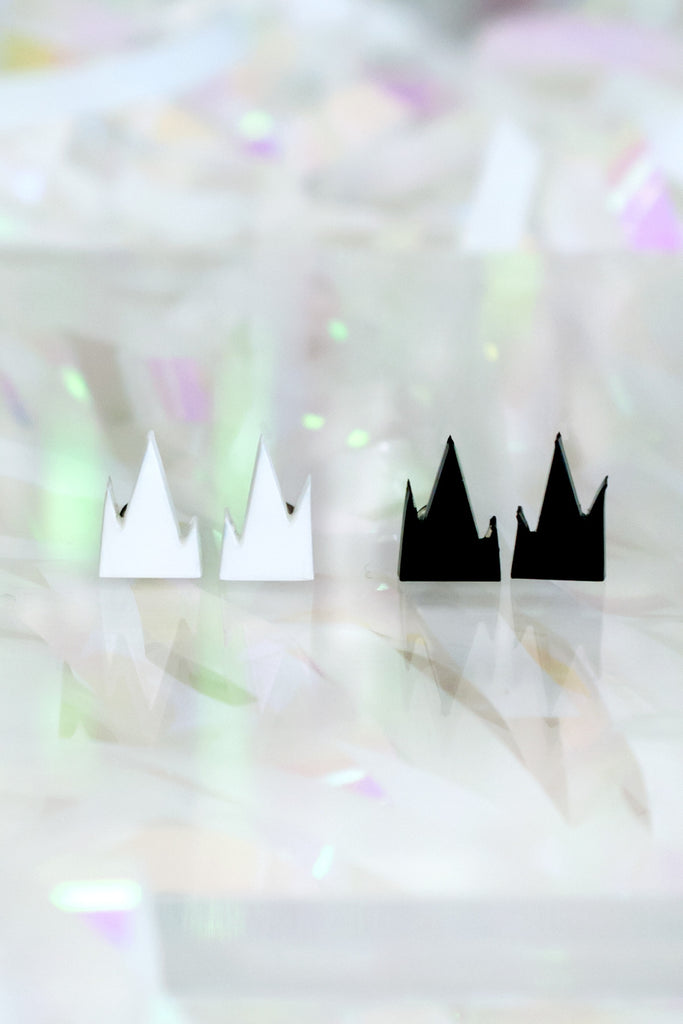 Mini Mountain Earrings - R/H STUDIO