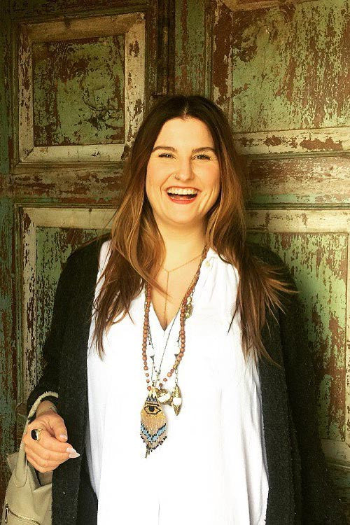 Cassie Zaychuk Smiling // Creator and Owner of Stillness & Surrender // HEMM Vibes Blog
