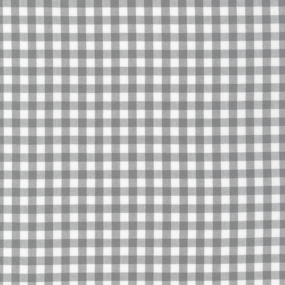 Grey and White Plaid 1/4 inch Checked Gingham, Robert Kaufman Carolina Gingham - Raspberry Creek Fabrics