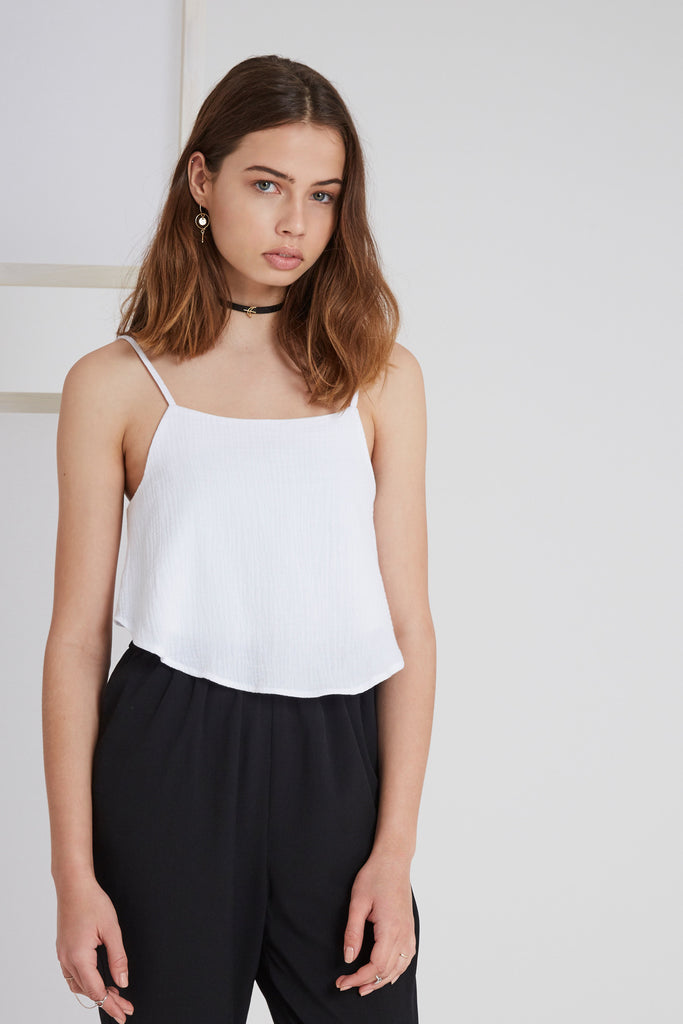 SWEET DISPOSITION TOP white