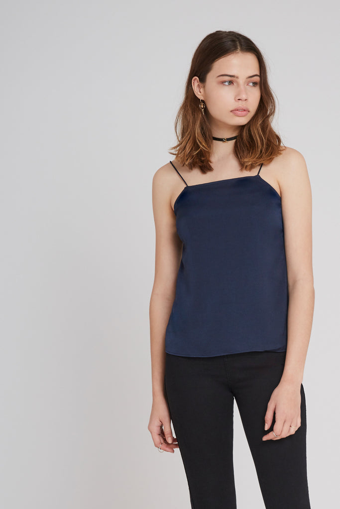 THE NIGHTINGALE TOP petrol blue