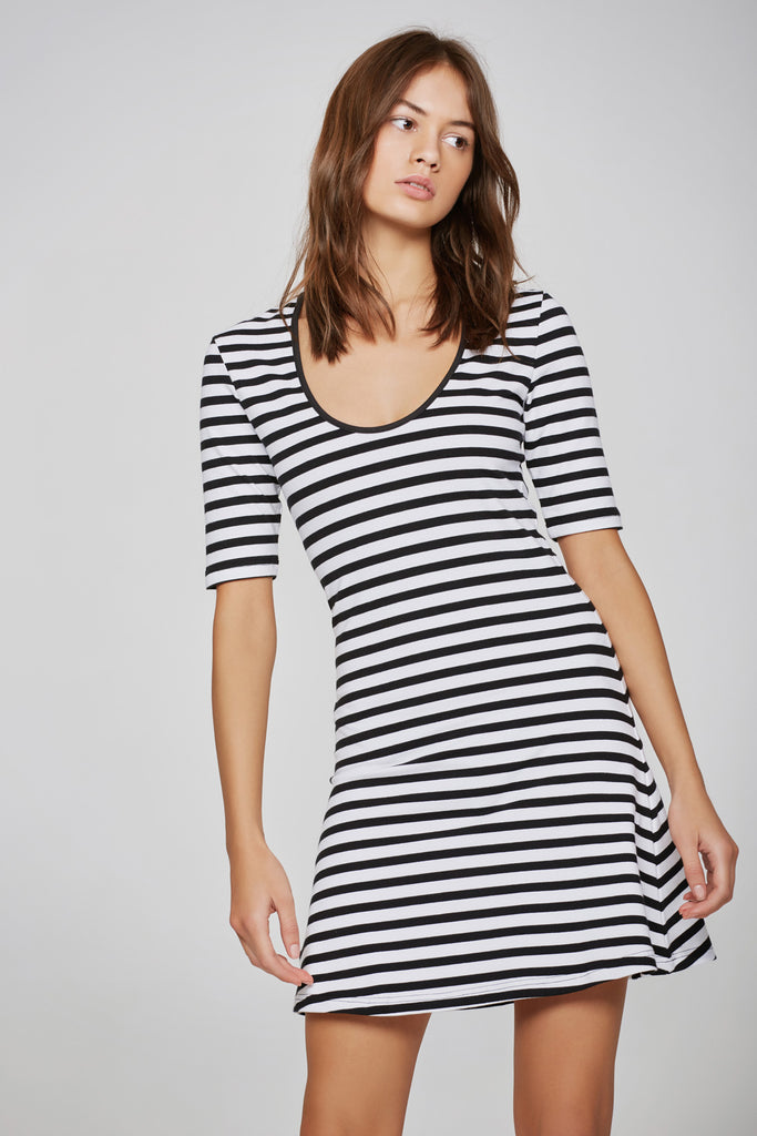 VOYAGE STRIPE DRESS black w white