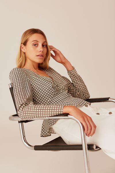 LONGITUDE CHECK LONG SLEEVE TOP ivory w black