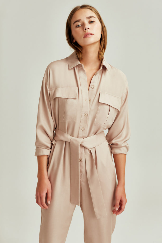 WILDERNESS PANTSUIT sand