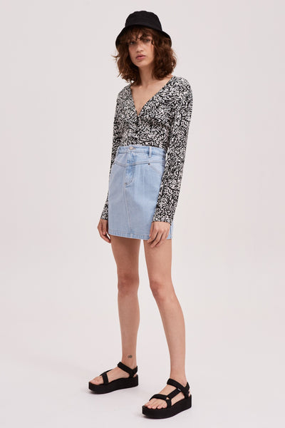 MONOTONE SKIRT baby blue