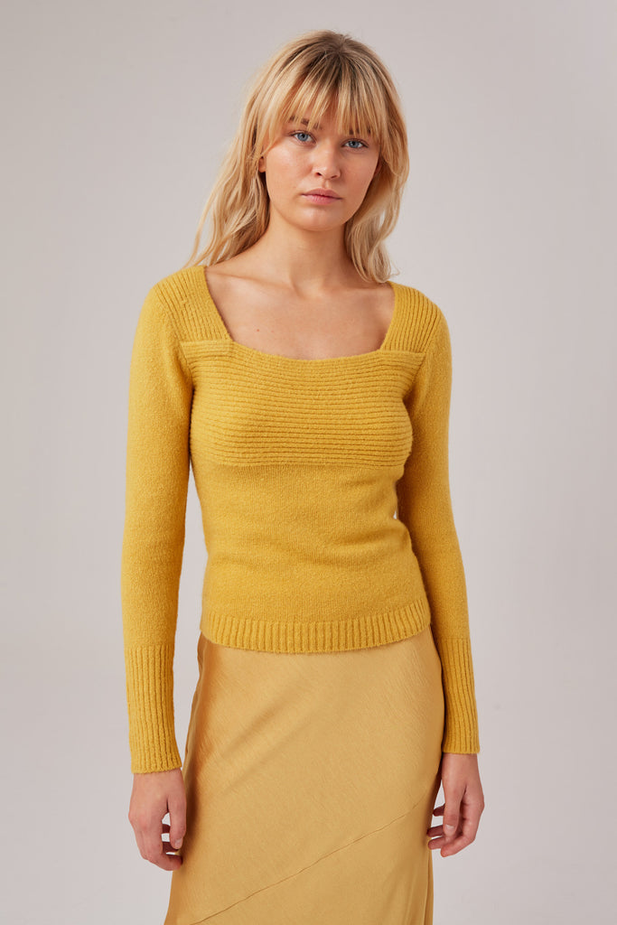 UNDONE KNIT golden yellow
