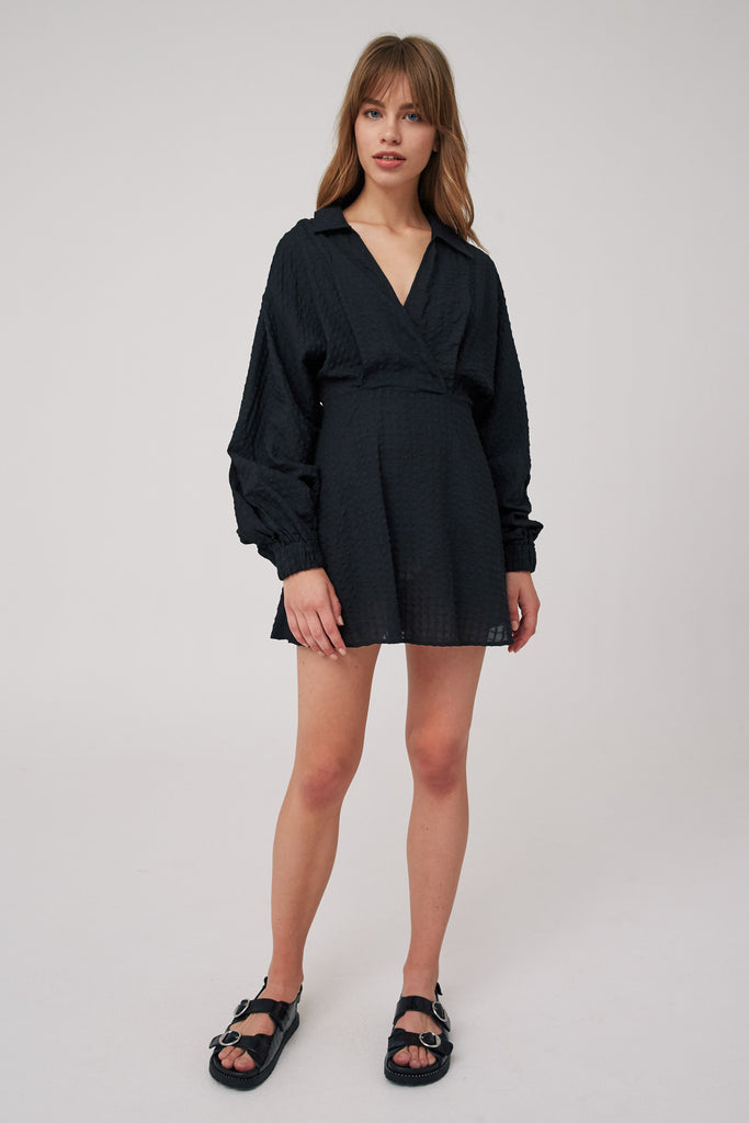 ATLAS LONG SLEEVE DRESS black
