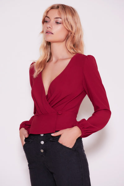 CHEMISTRY LONG SLEEVE WRAP TOP berry