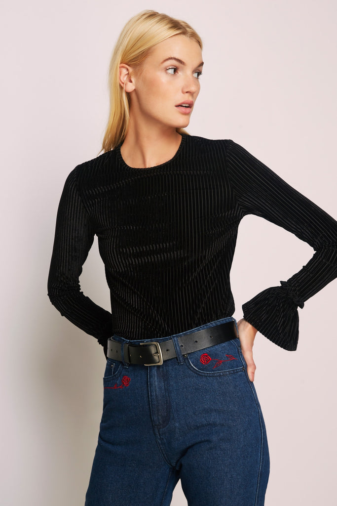 ADORE LONG SLEEVE TOP black