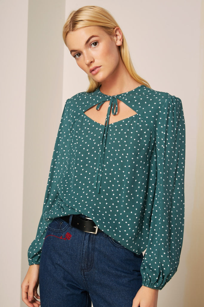 AMORE LONG SLEEVE  TOP forest green w white heart