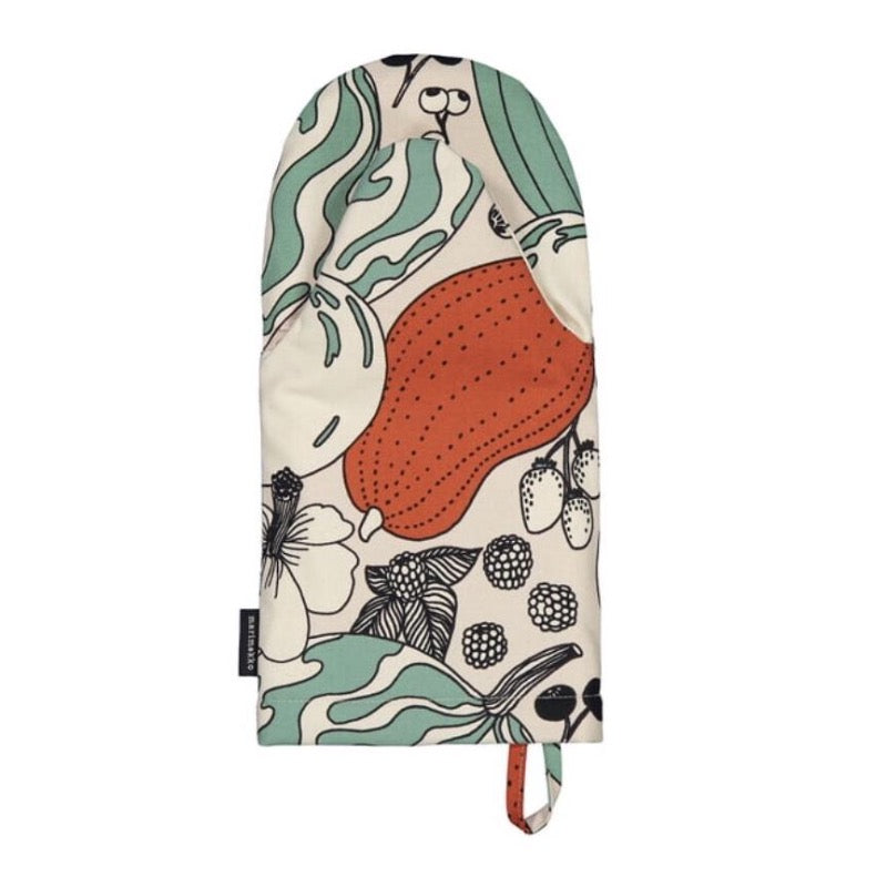 Marimekko Vihannesmaa pattern oven glove in off-white, red and green